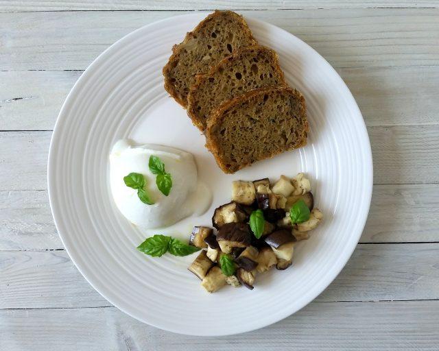 Pane integrale alle zucchine e carciofini
