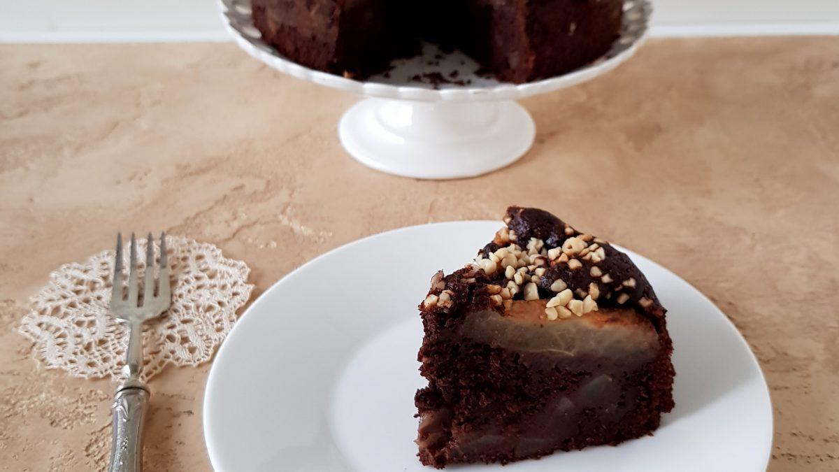 Torta al cioccolato fondente, pere, ricotta, vaniglia e mandorle